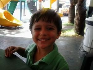 O menino Joaquim Ponte Marques está desaparecido desde a manhã desta terça-feira (5) em Ribeirão Preto (Foto: Divulgação/Arquivo Pessoal)