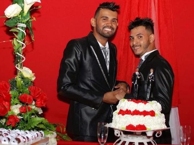 Geferson Ribeiro de Souza e Daniemerson Brito da Silva se casam em Goiânia, Goiás (Foto: Arquivo pessoal/ Geferson Ribeiro de Souza)