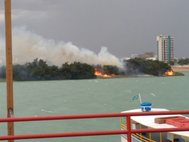 Incêndio na Ilha do Fogo (Foto: Fabricio Passos/Arquivo pessoal)