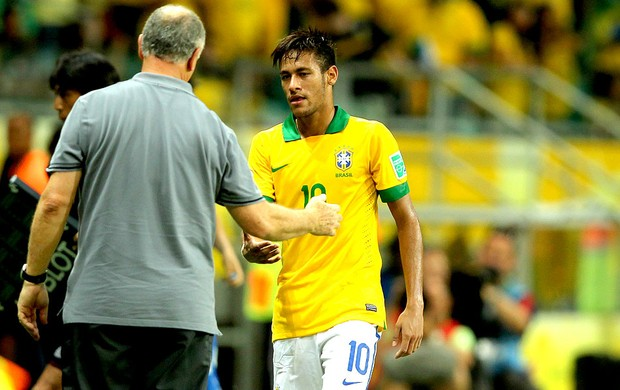 Neymar e Felipão jogo Brasil Itália (Foto: Wagner Carmo / VIPCOMM)