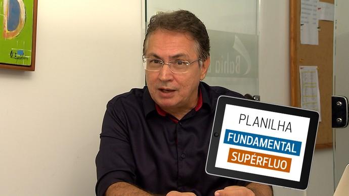 Economista dá dicas de como organizar a vida financeira (Foto: TV Bahia)