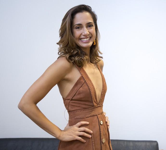 Linda! Camila apostou em look decotado para lançamento da nova novela das 9 (Foto: Fabiano Battaglin/Gshow)