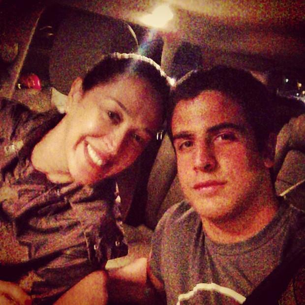 Enzo Celulari posta foto com a mãe, Claudia Raia (Foto: Instagram / Reprodução)