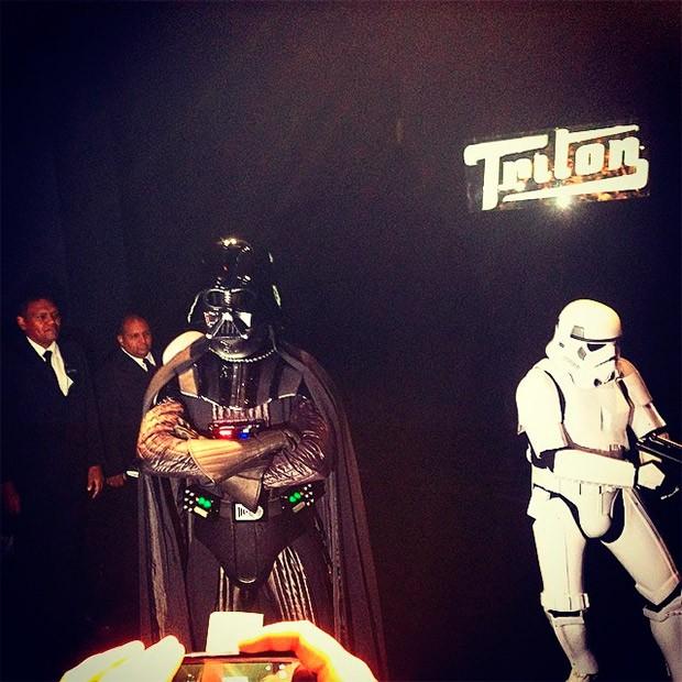 Darth Vader na Triton SPFW Inverno 2015 (Foto: GNT)
