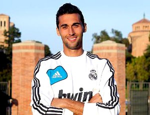 Arbeloa no Real Madrid (Foto: Divulgação / Site Oficial do Real Madrid)