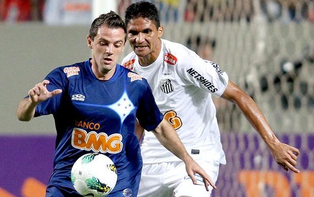 Montillo na partida do Santos contra o Cruzeiro (Foto: Ramon Bitencourt / VIPCOMM)