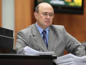 Ex-deputado de MT, José Riva está preso acusado de peculato e formação de quadrilha (Foto:  Mario Friedlander/ALMT)