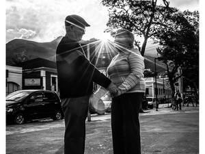A felicidade dos dois é visível e serve de exmeplo para casais recém-casados (Foto: Carlos Mafort)