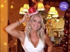 Look do dia: Karina Bacchi usa vestido justinho para almoço de Natal