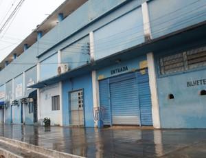 Estádio Aluízio Ferreira (Foto: Larissa Vieira)