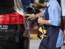 Por que o preço da gasolina não cai no Brasil? (Marcelo Brandt/G1)