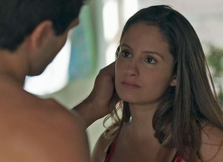 Rômulo se declara para Nanda: 'Encontrei a mulher da minha vida'