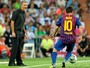 Jornal: Mourinho vai comandar time de Messi na despedida de Ballack