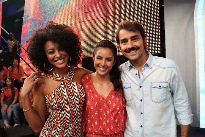 Com Sheron Menezzes e Ricardo Pereira no 'Domingão' (Foto: Carol Caminha/Gshow)