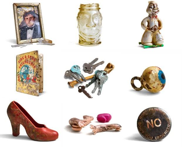 Parte dos objetos encontrados em Nova York (Foto: Will Ellis/Divulgação)