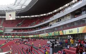 Torcida Arena Pernambuco Brasil x México (Foto: Franco Benites)