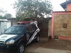 Polícia prende suspeitos de falsificar documentos de carros roubados