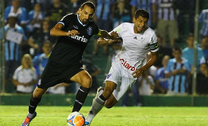 Barcos Grêmio Cruzeiro (Foto: Lucas Uebel/Grêmio FBPA)