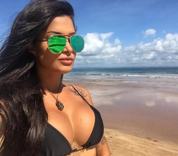 Aline Riscado (Foto: Reprodução / Instagram)