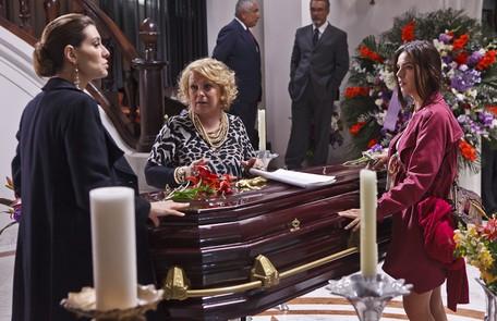 No episódio de 'As brasileiras' que protagonizou, contracenando com Lavínia Vlasak e Norma Blum Ique Esteves/TV Globo