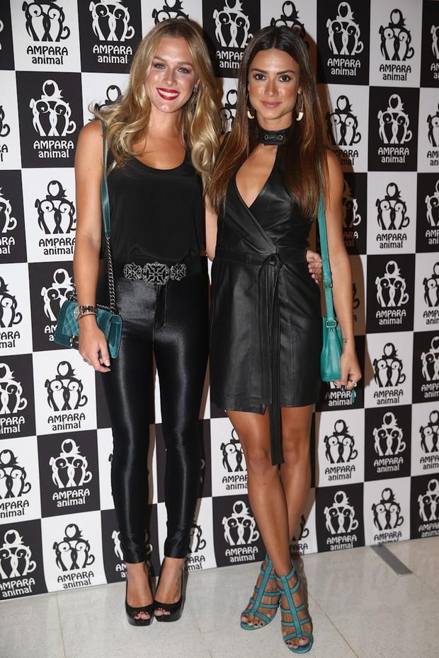 Fiorella Mattheis e Thaila Ayala em evento em São Paulo (Foto: Manuela Scarpa / Foto Rio News)
