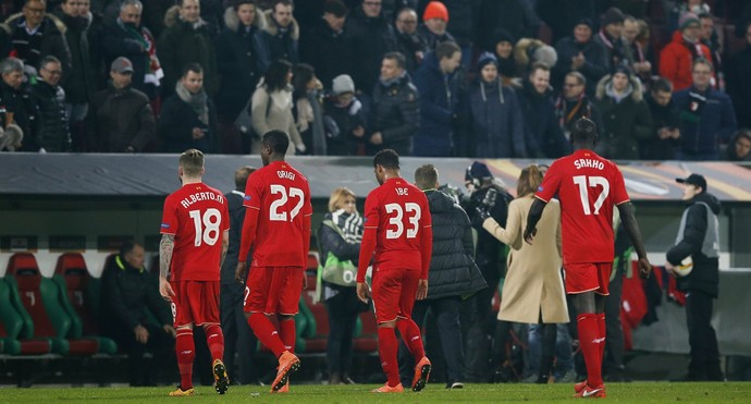Liverpool x Augsburg (Foto: Reuters)