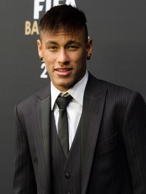 Neymar bola de ouro (Foto: Felipe Sampaio Qintanilha / Ag. Estado)