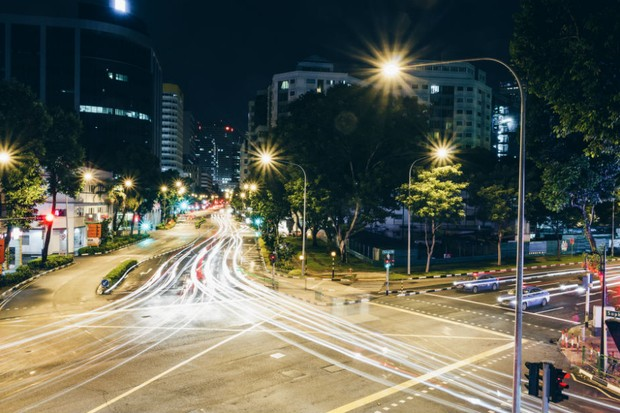 Luzes de rua (Foto: Pexels)