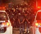 PM detém mais de 30 suspeitos na Vila Madalena (Reprodução/TV Globo)