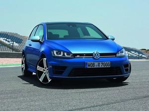 VW Golf R vai estrear em Frankfurt, em setembro (Foto: Divulgação)