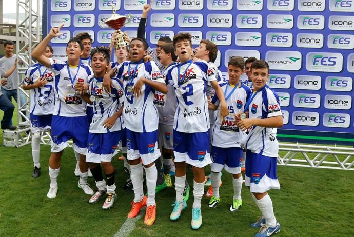 Vilavelhense vence o Porto Vitória e é campeão da Copa ES Sub-15 2015 (Foto: Divulgação/Vilavelhense FC)