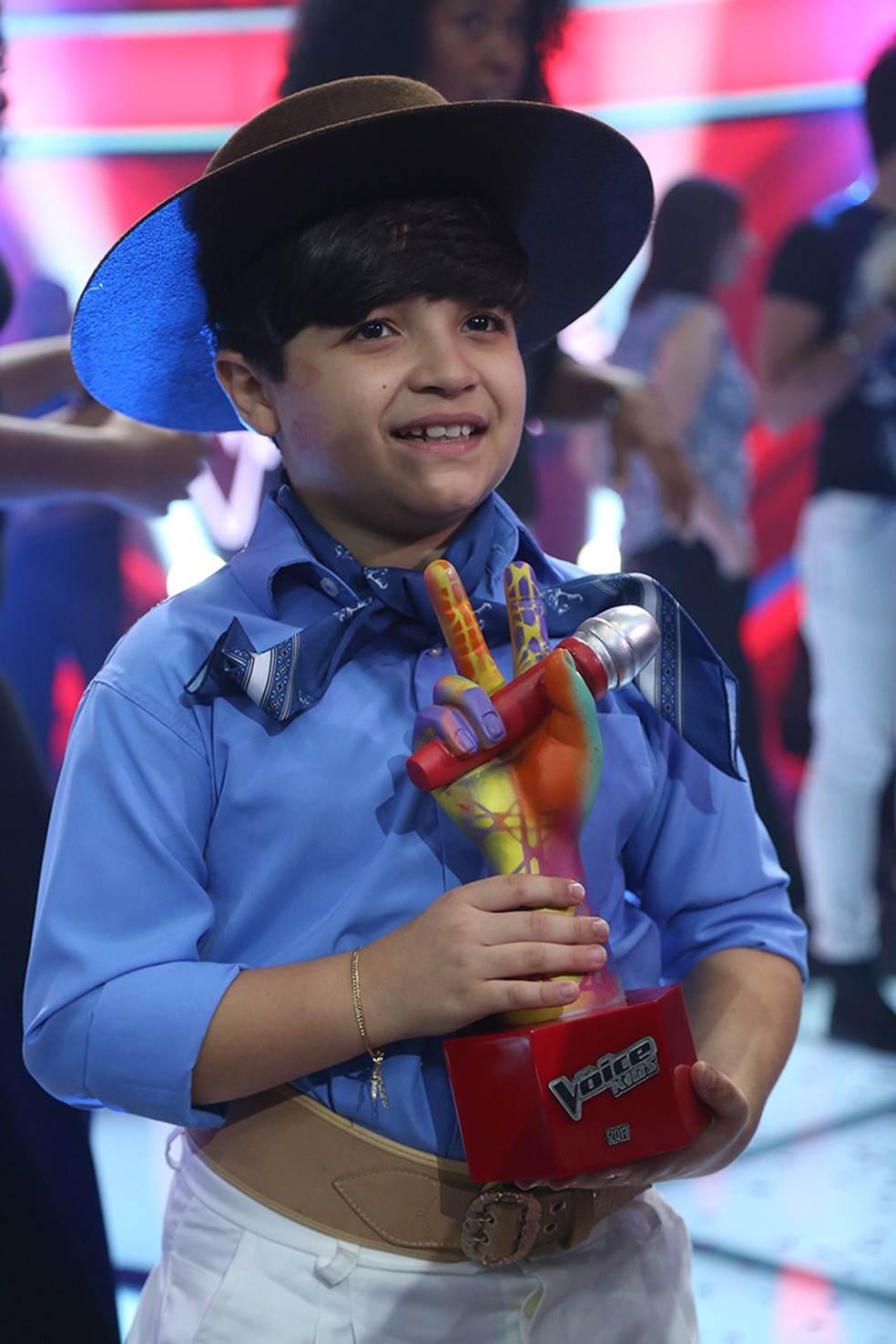 Thomas Machado posa após vitória no 'The Voice Kids' (Foto: Isabella Pinheiro/Gshow)