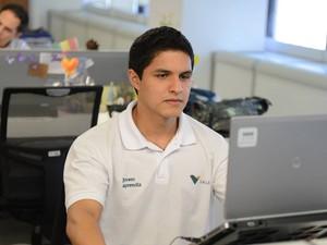 Objetivo do programa é preparar jovens para o mercado de trabalho. Programa Jovem Aprendiz Auxiliar administrativo Vale (Foto: Divulgação/ Vale/ Antônio Scorza)