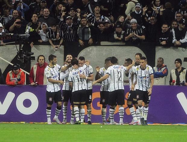 Corinthians x Vasco Renato gol grupo