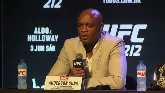 """Anderson Silva nega lutas com Belfort e Rockhold: """"Não tem muito sentido"""""""