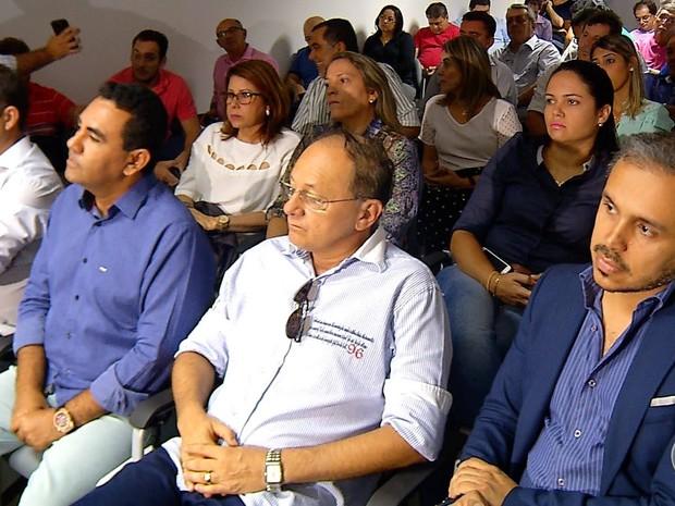 Prefeitos, deputados e senadores participaram da reunião  (Foto: Reprodução/ Inter TV Cabugi)