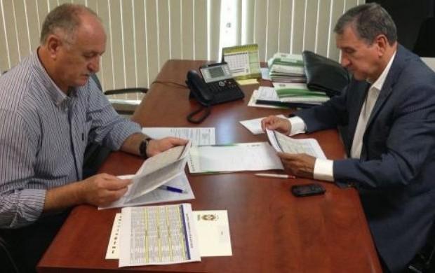 Luiz Felipe Scolari e Parreira na sede da CBF (Foto: Divulgação/CBF)