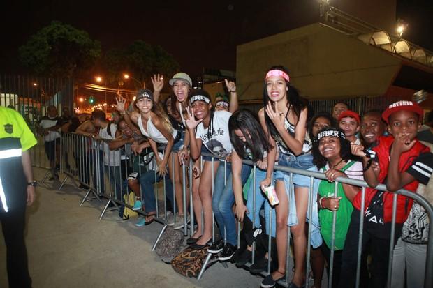 Fãs de Justin Bieber (Foto: Anderson Barros / EGO)