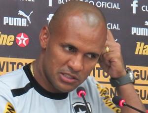 Amaral, Coletiva Botafogo (Foto: Fred Huber / Globoesporte.com)