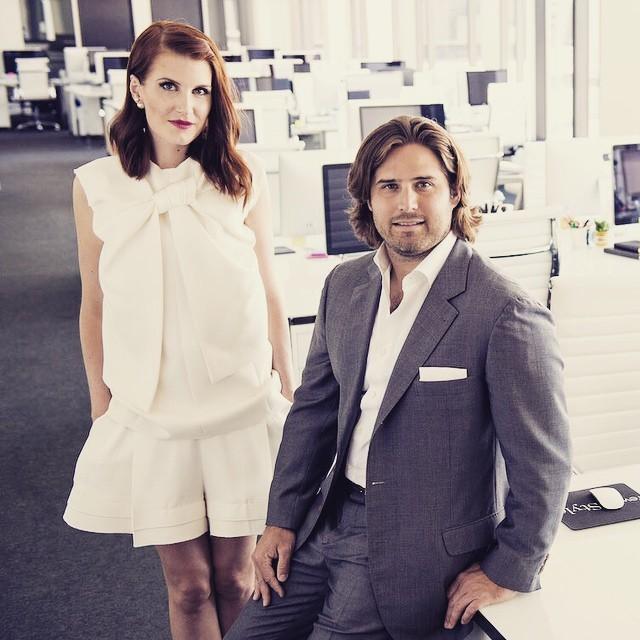 Amber Venz e Baxter Box, os fundadores da rewardStyle, na sede em Dallas (Foto: Reprodução/Instagram)