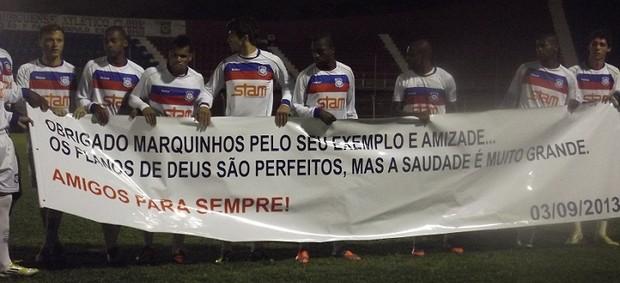 Jogadores do Frizão fizeram homenagem a Marcus Galhardo (Foto: Vinícius Gastin/Divulgação)