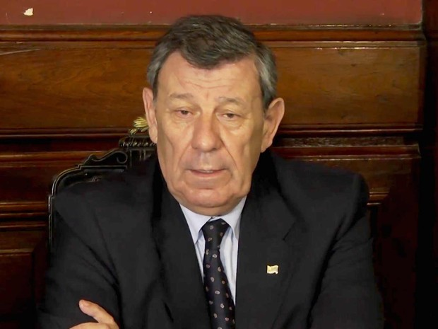 Nin Novoa anuncia resultado de reunião em Montevidéu (Foto: Reprodução/Youtube/Min. Relações Exteriores do Uruguai)