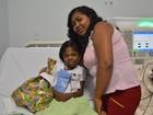 Mãe e filha passam o Natal longe da família à espera por transplante de rim