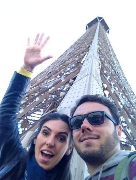 Glenda Koslowsky e o produtor Marcelo Prata em Paris (Foto: Arquivo pessoal)