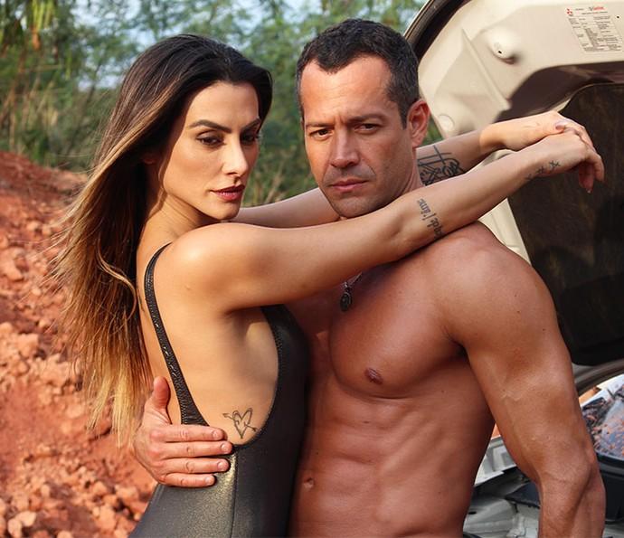 Cleo e Malvino arrasam em ensaio sensual da trama das 7 (Foto: Paula Oliveira/Gshow)