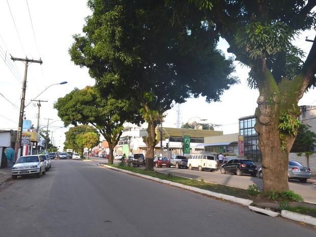 Avenida Mendonça Furtado, Santarém (Foto: Luana Leão/G1)