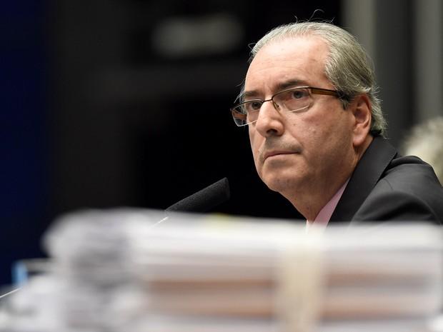 01/03/2016 - O deputado Eduardo Cunha (PMDB-RJ), presidente da Câmara dos Deputados, durante sessão no plenário, em Brasília (Foto: Evaristo Sa/AFP)