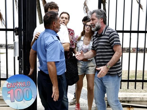 Manuel descobrirá segredo de Tina (Foto: Fábio Rocha/Gshow)