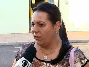 Mãe relata que notou comportamento diferente da filha (Foto: Paulo Chiari/EPTV)