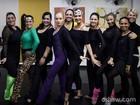Angélica e Fátima Bernardes dançam coreografia de musical da Broadway